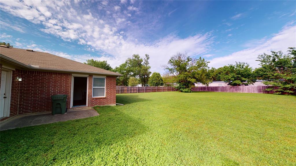 Sold Property | 423 Jordan Lane Arlington, TX 76012 26