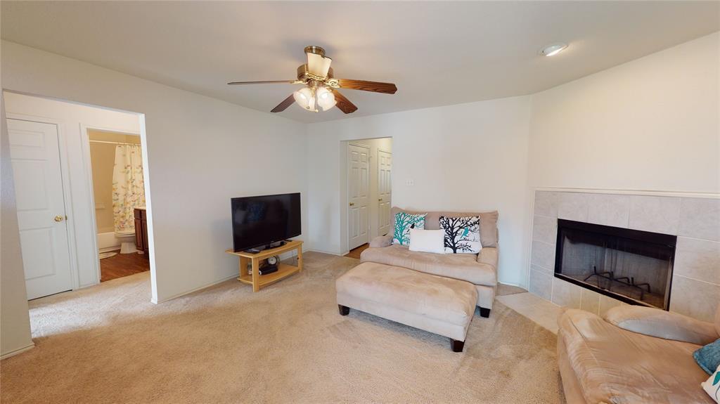 Sold Property | 423 Jordan Lane Arlington, TX 76012 4