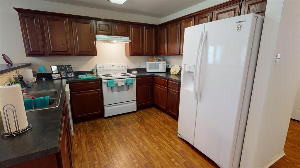 Sold Property | 423 Jordan Lane Arlington, TX 76012 8