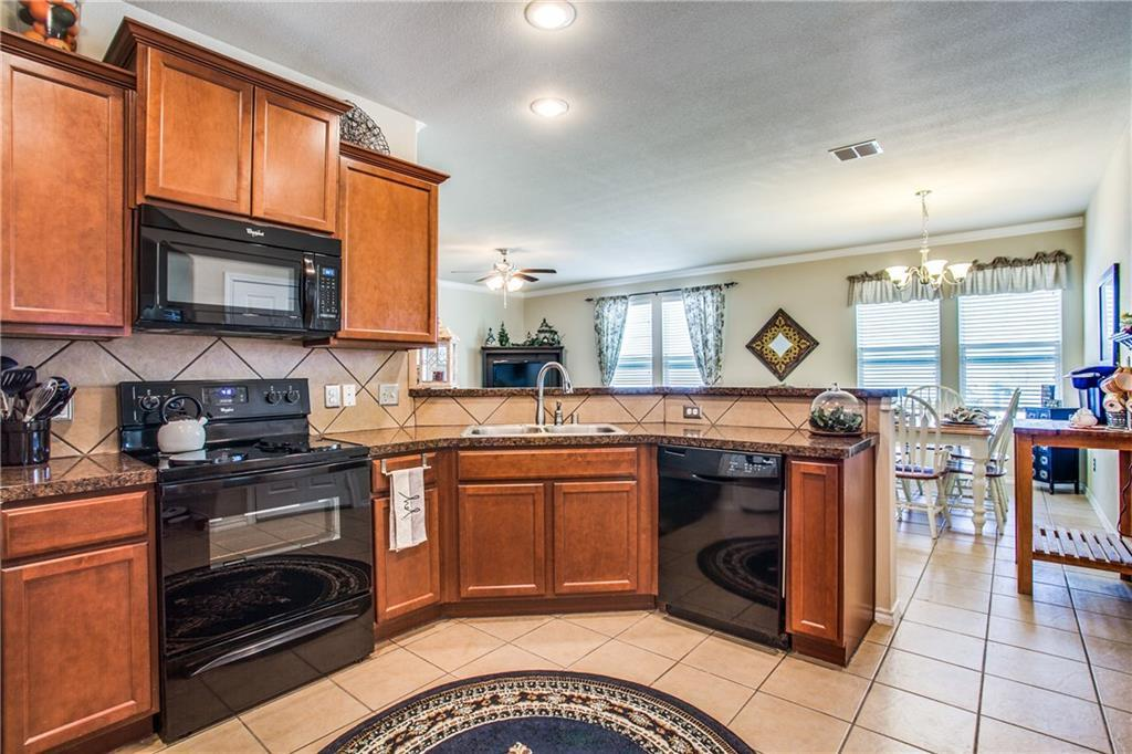 Sold Property | 3237 Mint Springs Street Fort Worth, Texas 76179 8