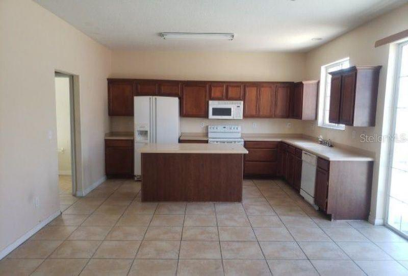 Active | 10611 BAMBOO ROD  CIRCLE RIVERVIEW, FL 33569 7