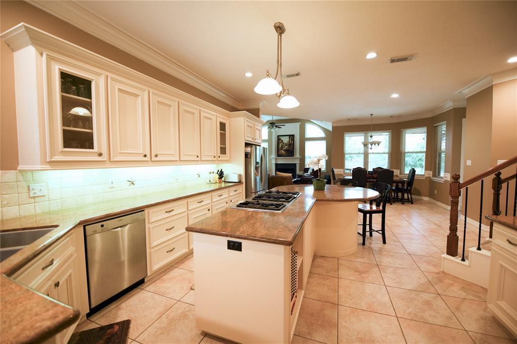 Option Pending | 25311 Piney Bend Court Spring, TX 77389 11
