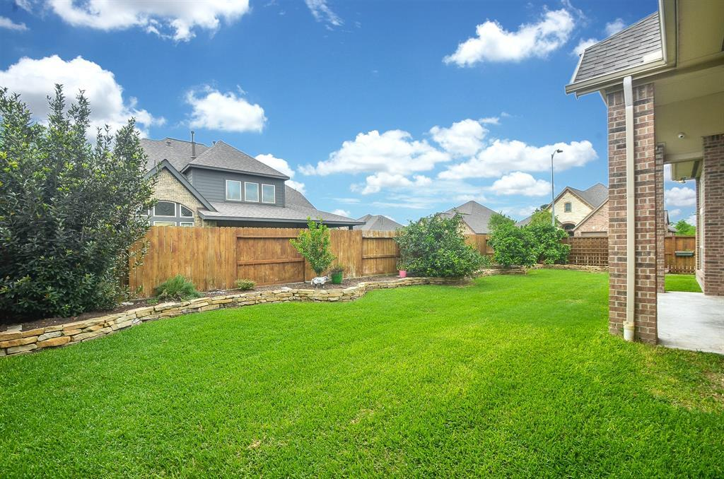 Pending | 1811 Parkwater Cove Court Pearland, TX 77584 29