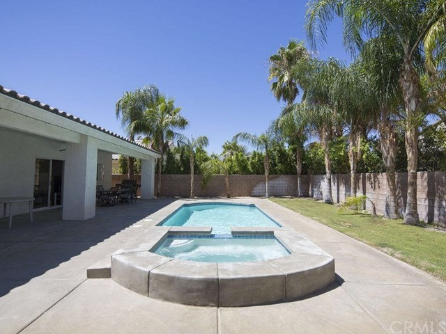 Closed | 74140 College View Palm Desert, CA 92211 2