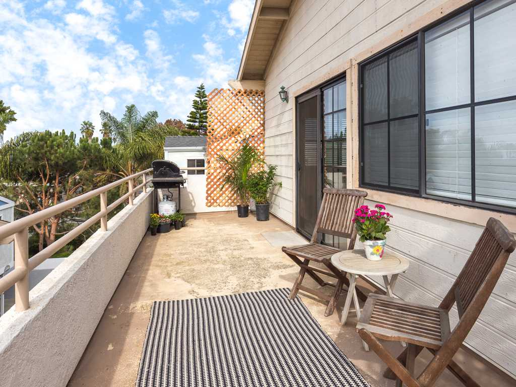 Coming Soon | 109 S. Guadalupe, Unit B Redondo Beach, CA 90277 10