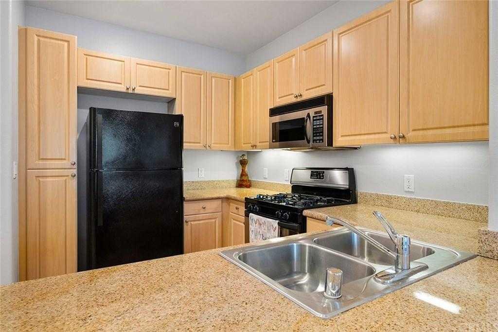 Sold Property | 2454 Watermarke Pl Irvine, CA 92612 5