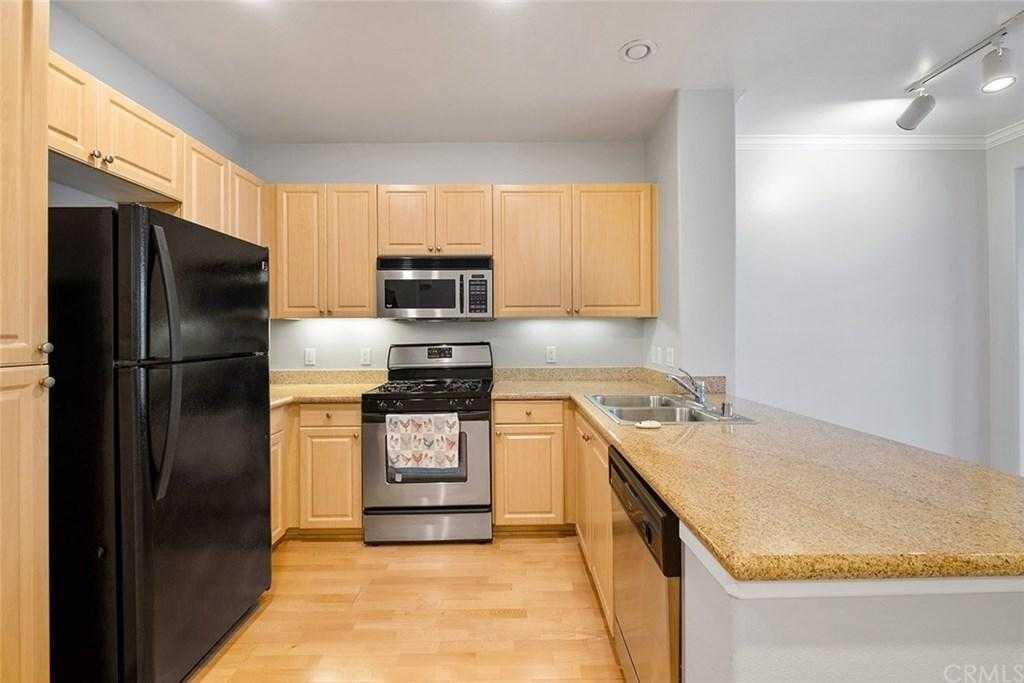 Sold Property | 2454 Watermarke Pl Irvine, CA 92612 7