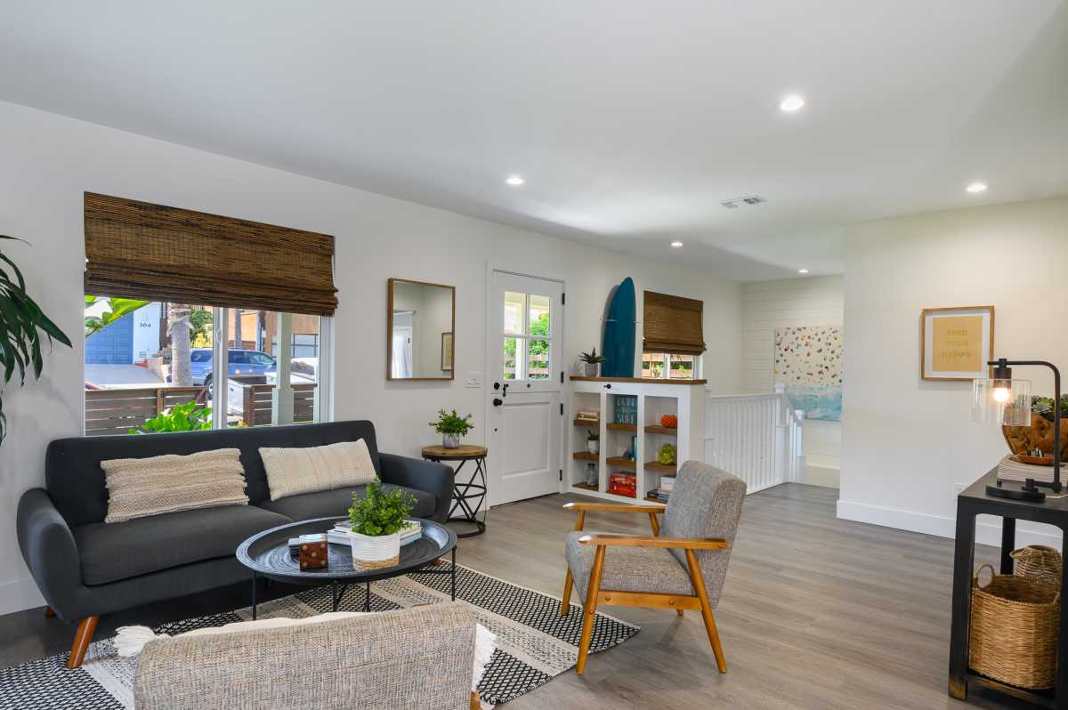 Coastal Homes San Diego  | 305 Neptune Avenue Encinitas , CA 92024 108