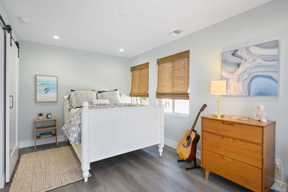 Coastal Homes San Diego  | 305 Neptune Avenue Encinitas , CA 92024 122