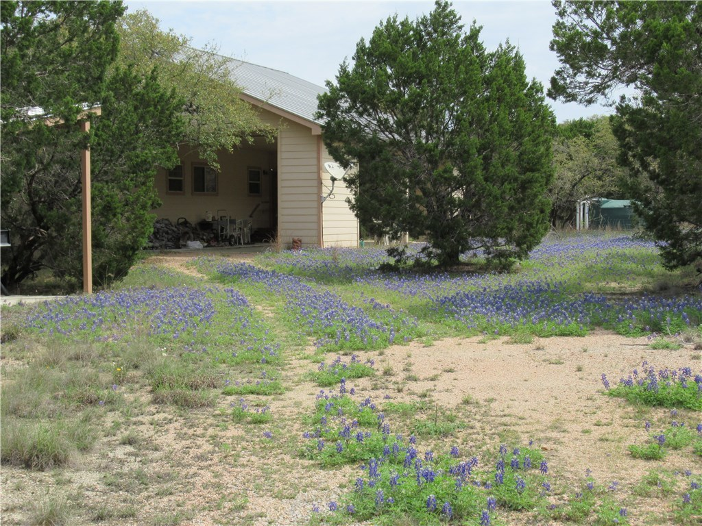 Active Contingent | 2922 Stagecoach Ranch  LOOP Dripping Springs, TX 78620 4