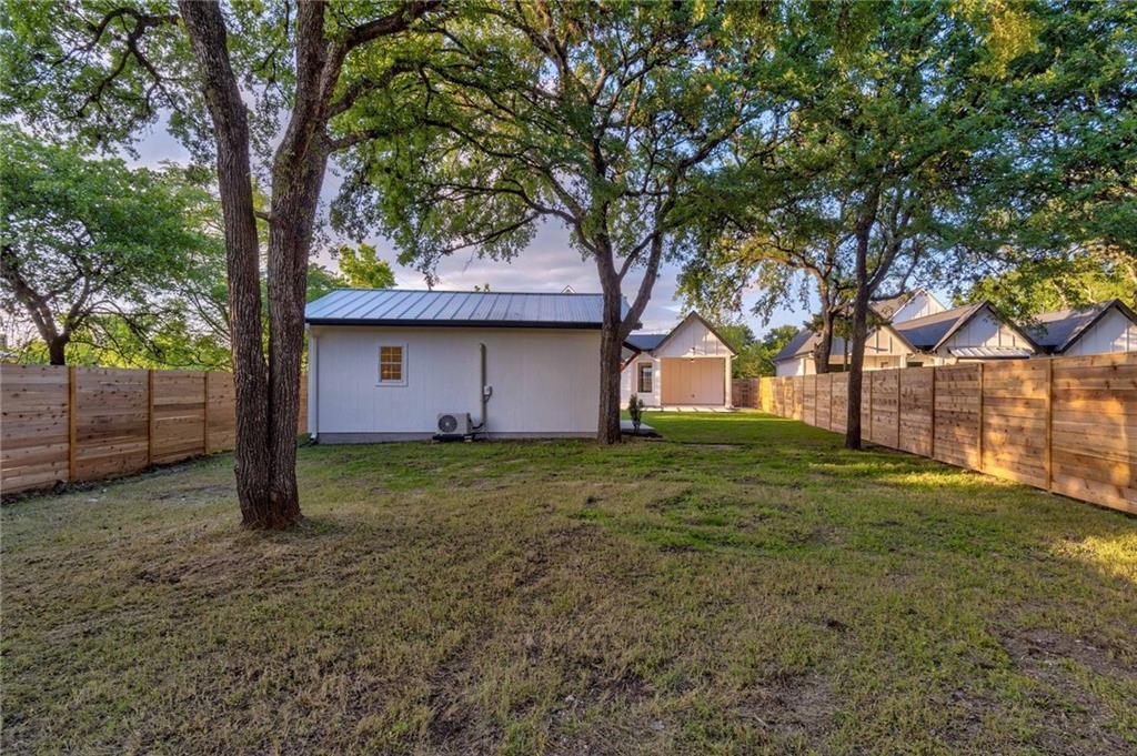 Closed | 5601 Jackie Robinson Street #2 Austin, TX 78721 17