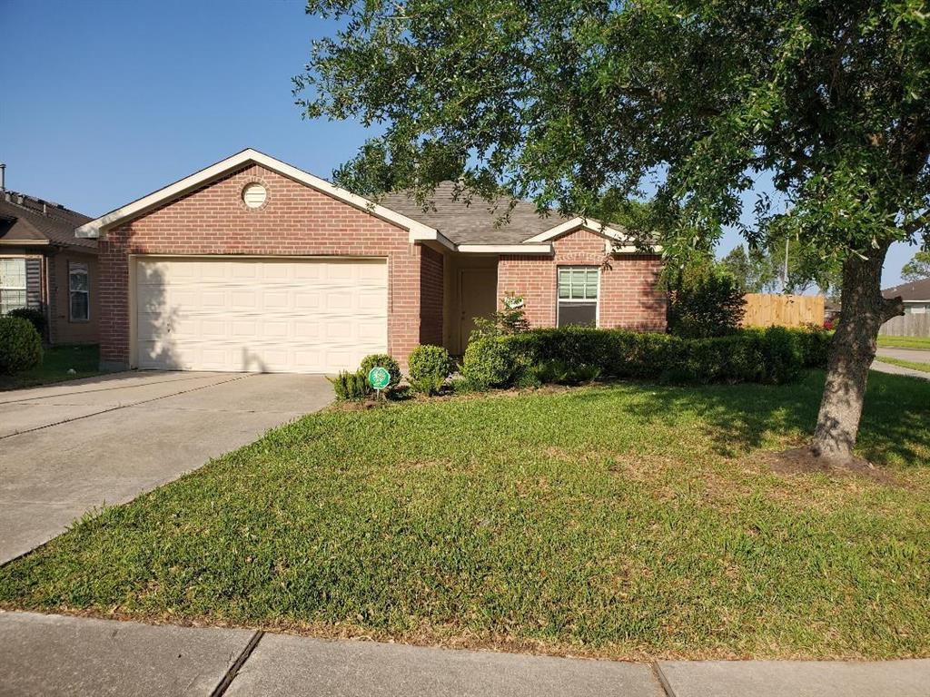 Pending   7915 NorthFork Hollow  Lane Richmond, TX 77407 1