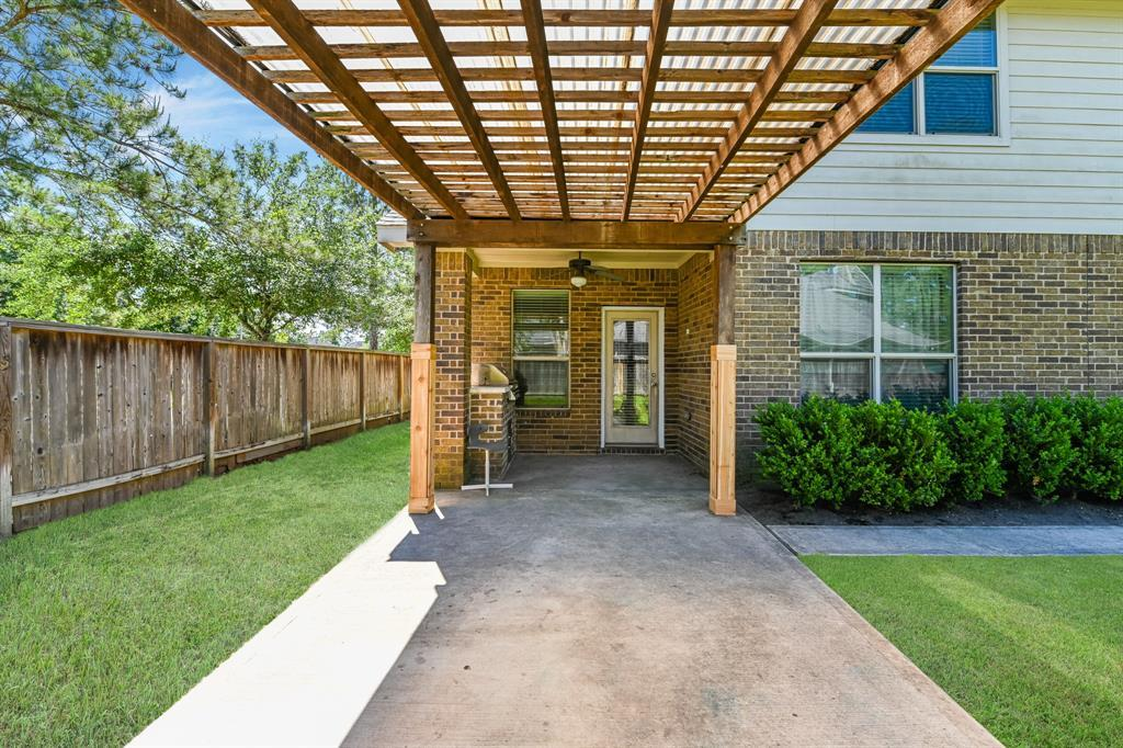 Active | 16915 Caldwell Pointe Court Humble, Texas 77346 34