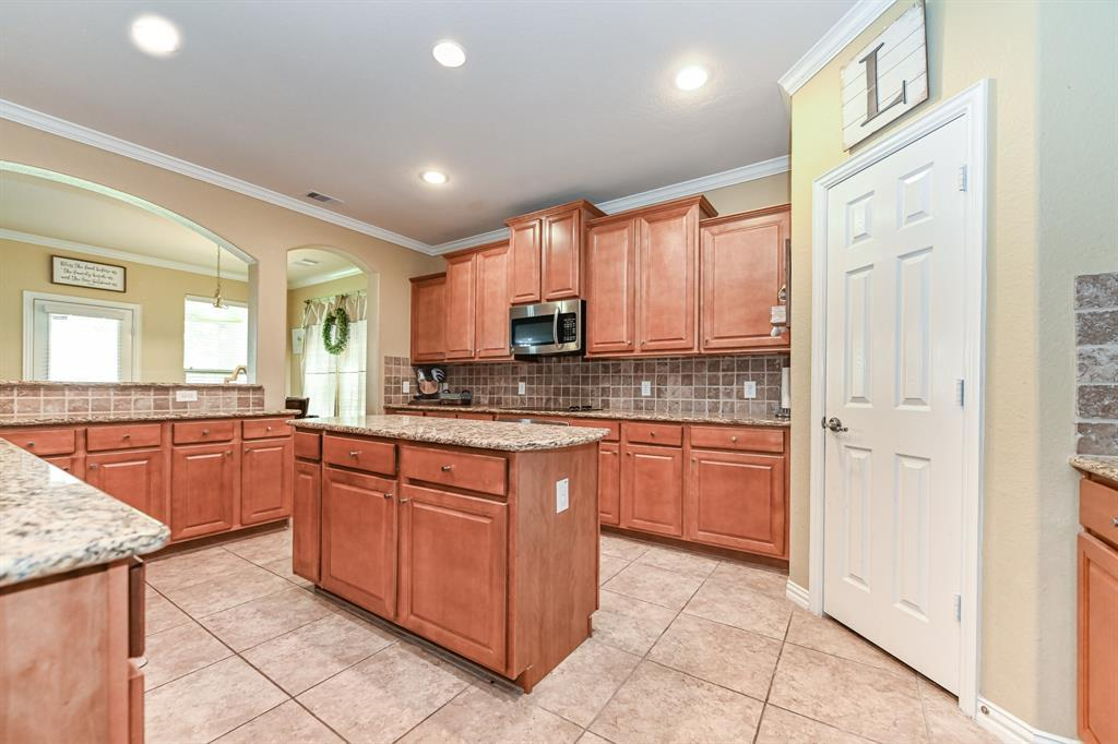 Active | 16915 Caldwell Pointe Court Humble, Texas 77346 4