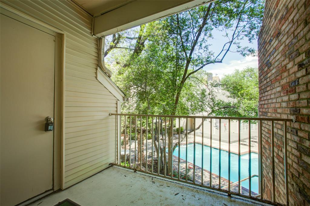 Active | 5325 Bent Tree Forest  Drive #2226 Dallas, TX 75248 13