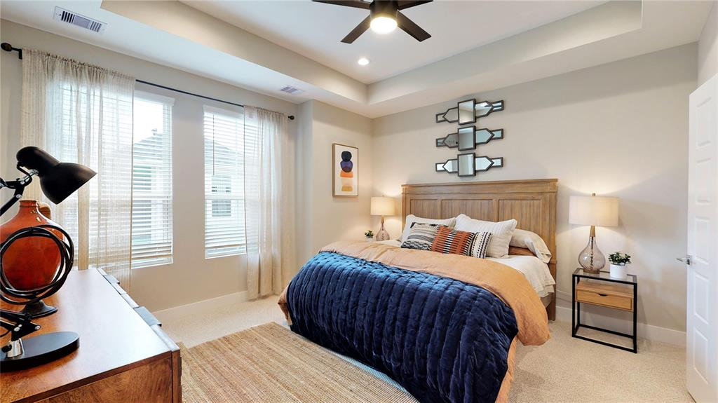 Pending | 1221 W Tidwell Road Houston, Texas 77091 14