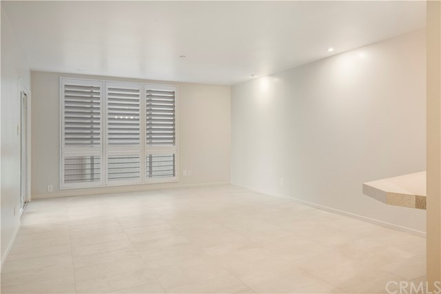 Closed | 565 Esplanade #301 Redondo Beach, CA 90277 15