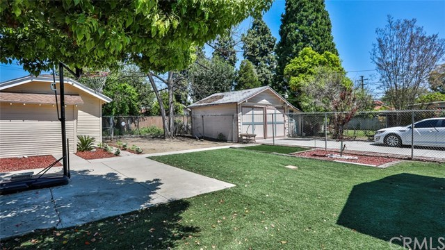 Closed | 585 Lincoln  Avenue Pomona, CA 91767 28