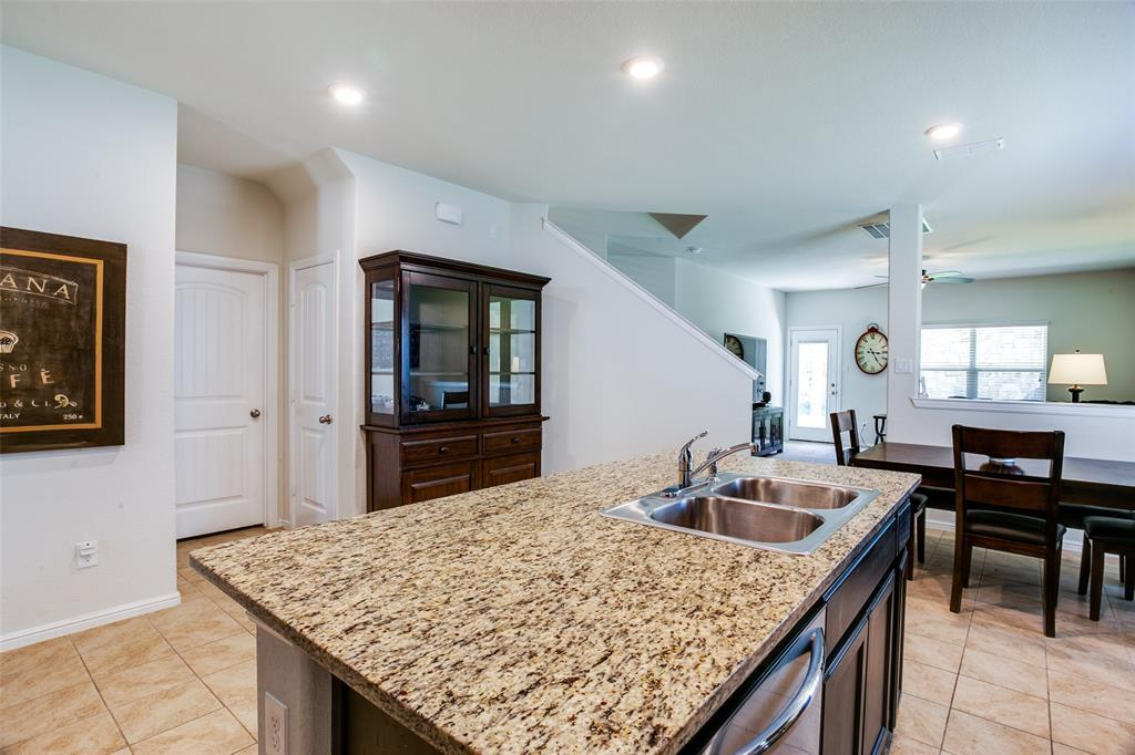 Pending | 620 Stanmire Lake Trail Fort Worth, TX 76120 8