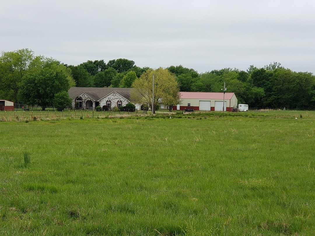 Active | HOME, SHOP AND UP TO 490.5 ACRES Stigler , OK 74462 0