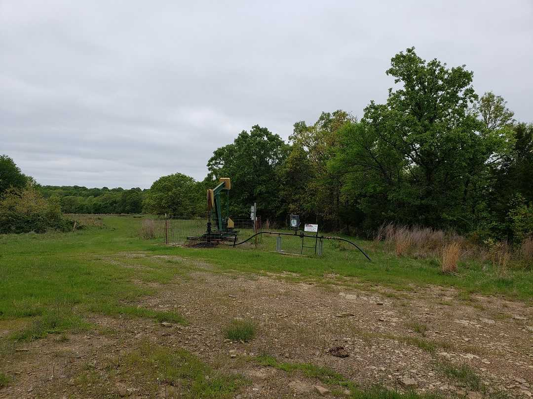 Active | HOME, SHOP AND UP TO 490.5 ACRES Stigler , OK 74462 24