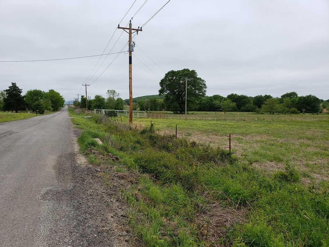 Active | HOME, SHOP AND UP TO 490.5 ACRES Stigler , OK 74462 5