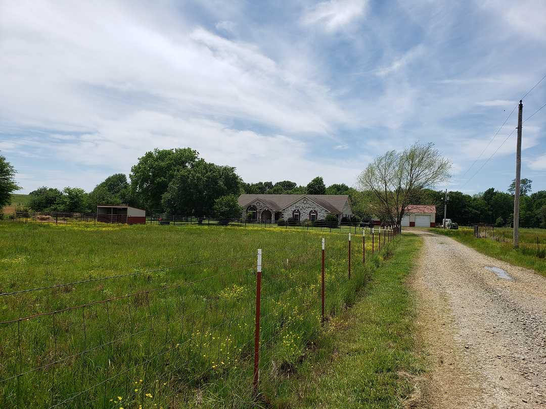 Active | HOME, SHOP AND UP TO 490.5 ACRES Stigler , OK 74462 48