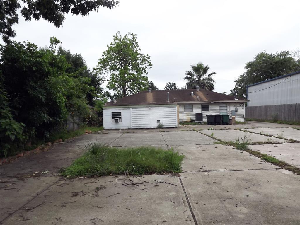 Active   1839 Harland  Drive Houston, TX 77055 12