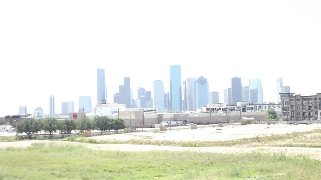 Active   1839 Harland  Drive Houston, TX 77055 26