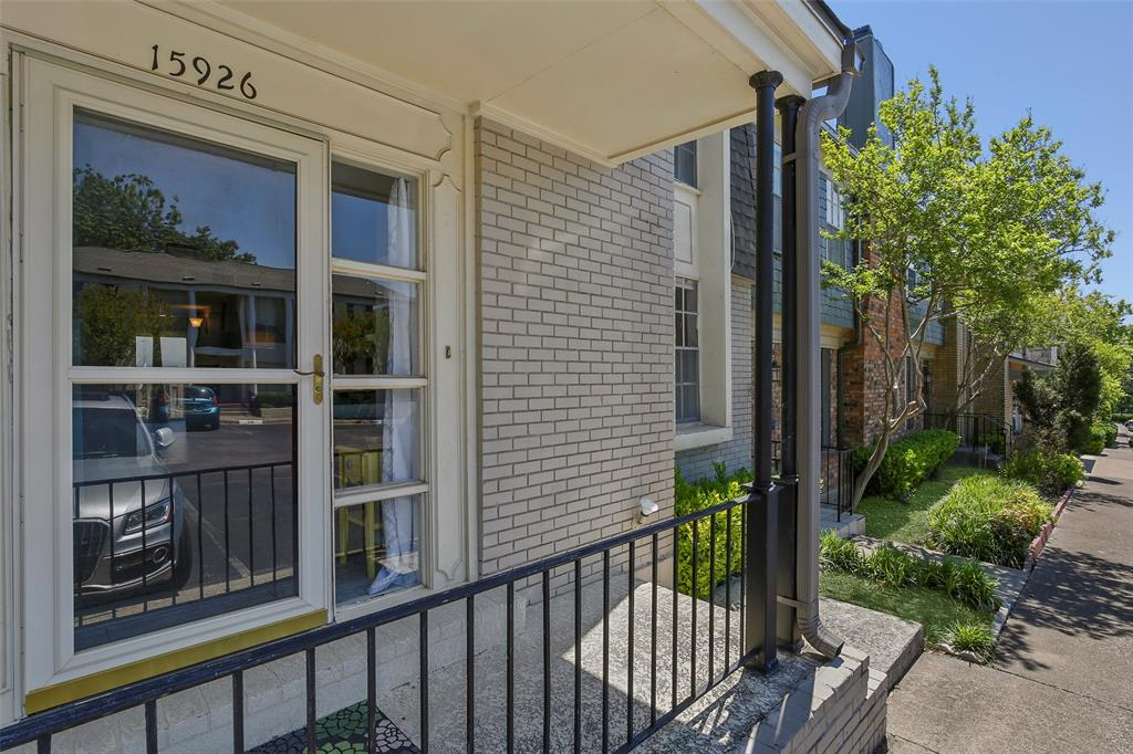 Active | 15926 Coolwood  Drive #1038 Dallas, TX 75248 3
