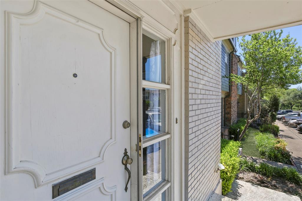 Active | 15926 Coolwood  Drive #1038 Dallas, TX 75248 6