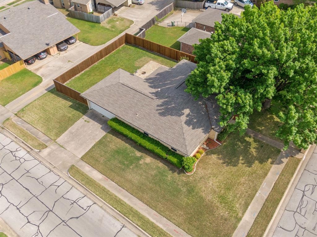 Sold Property | 2820 Clearmeadow Street Bedford, Texas 76021 4