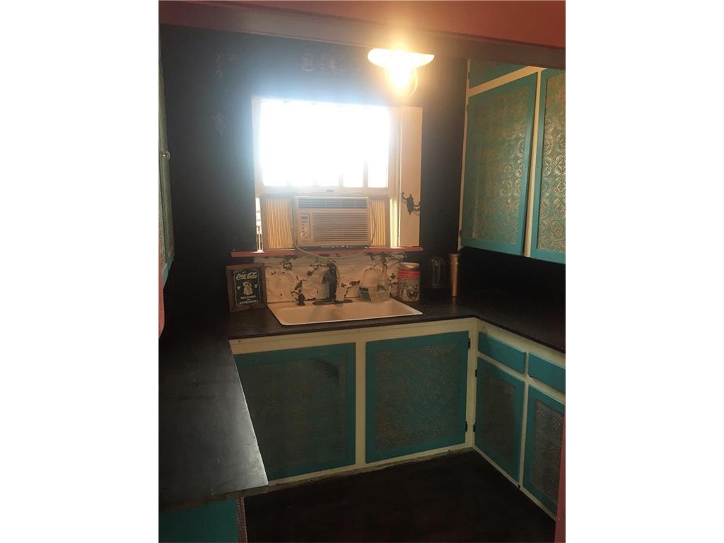 Sold Property | 623 N Main Street Cleburne, Texas 76033 10