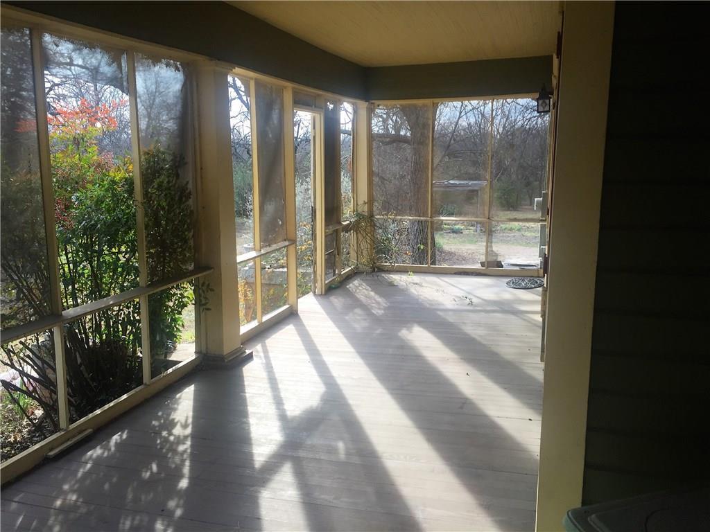 Sold Property | 623 N Main Street Cleburne, Texas 76033 20