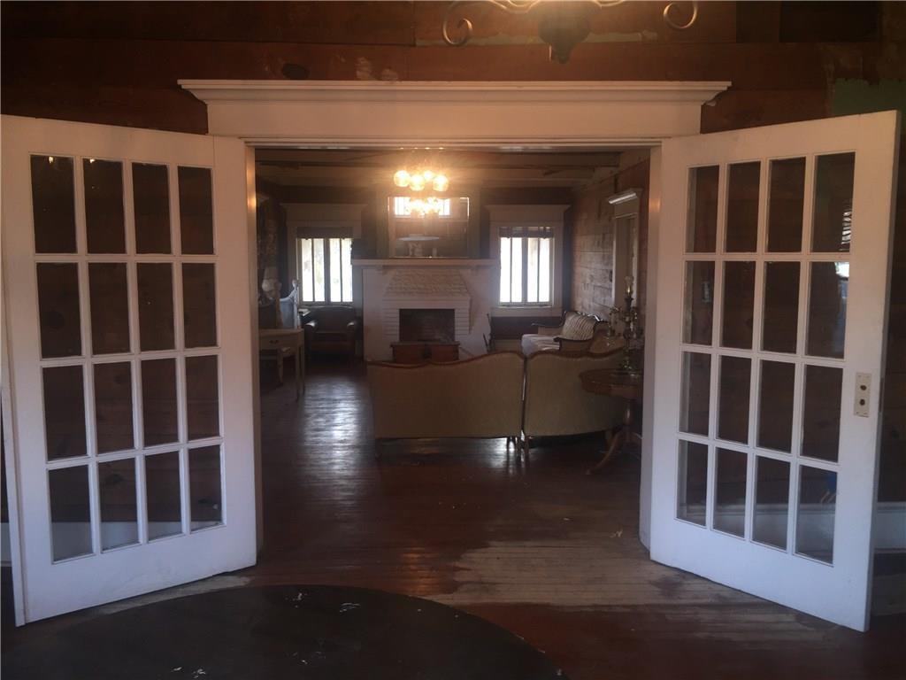 Sold Property | 623 N Main Street Cleburne, Texas 76033 4