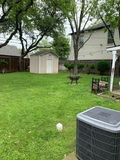 Active | 3778 W 4th  Street Fort Worth, TX 76107 8