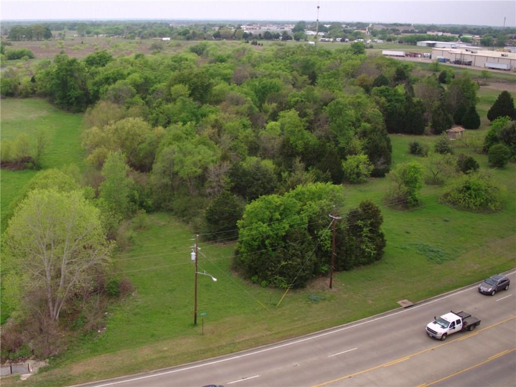 Active | 245 S Gun Barrel  Gun Barrel City, Texas 75156 1