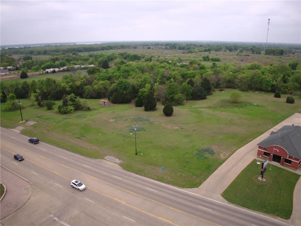 Active | 245 S Gun Barrel  Gun Barrel City, TX 75156 3