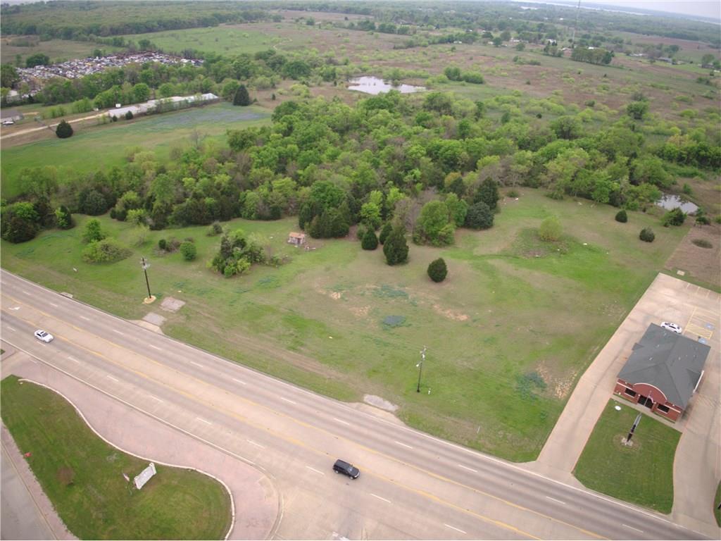 Active | 245 S Gun Barrel  Gun Barrel City, TX 75156 5