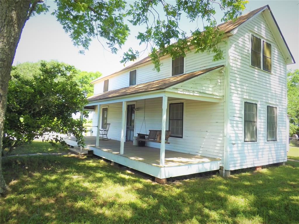 Country Living in Cat Spring on 31+ acres, Farm House.    5677 US Hwy 90 Cat Spring, TX 78933 2