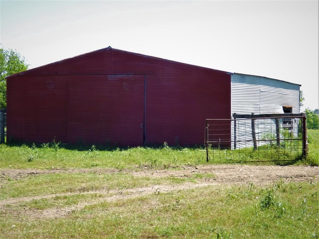 Country Living in Cat Spring on 31+ acres, Farm House.    5677 US Hwy 90 Cat Spring, TX 78933 13