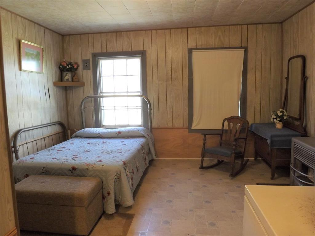 Country Living in Cat Spring on 31+ acres, Farm House.    5677 US Hwy 90 Cat Spring, TX 78933 8