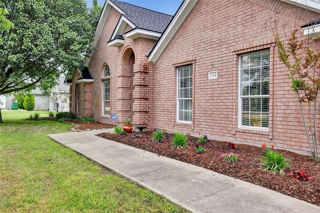 Sold Property | 104 N Frederick  Street Ponder, TX 76259 1