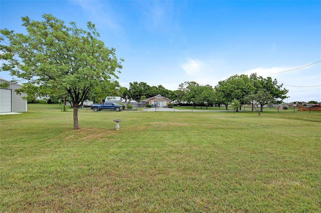 Sold Property | 104 N Frederick  Street Ponder, TX 76259 3
