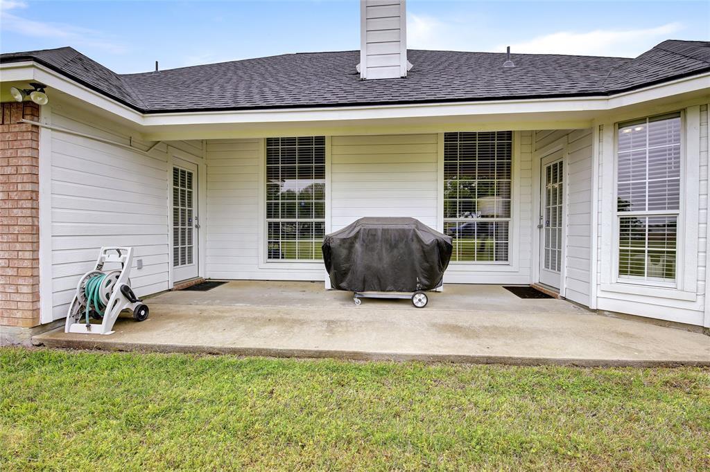 Sold Property | 104 N Frederick  Street Ponder, TX 76259 35