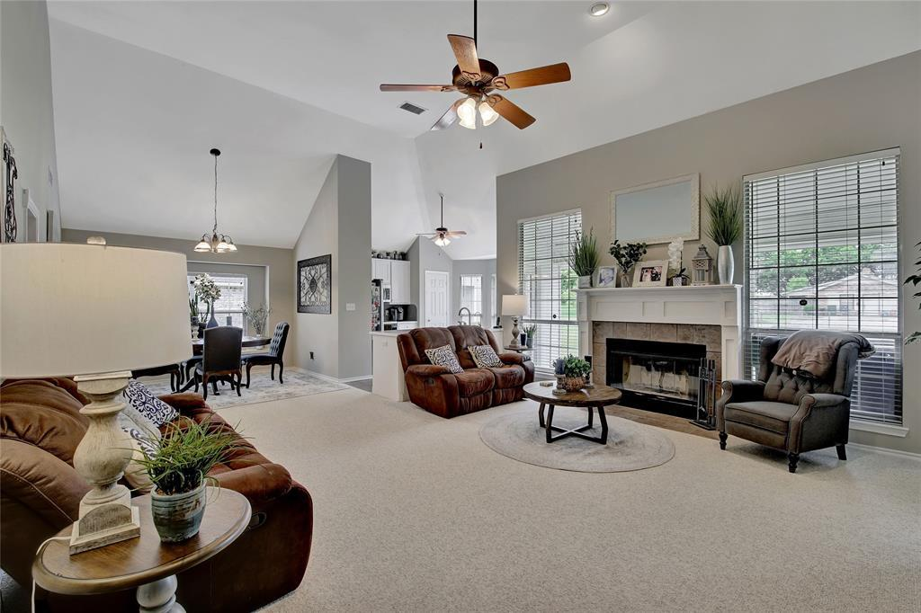 Sold Property | 104 N Frederick  Street Ponder, TX 76259 4