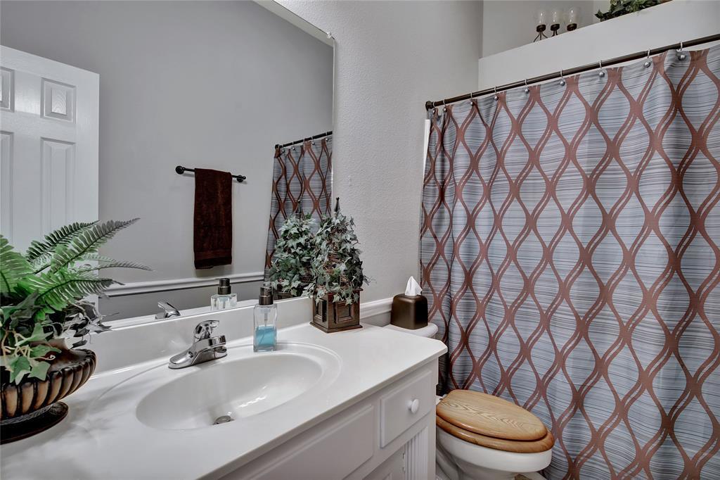 Sold Property | 104 N Frederick  Street Ponder, TX 76259 30