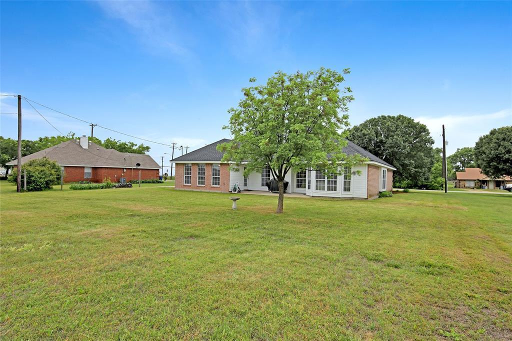 Sold Property | 104 N Frederick  Street Ponder, TX 76259 40