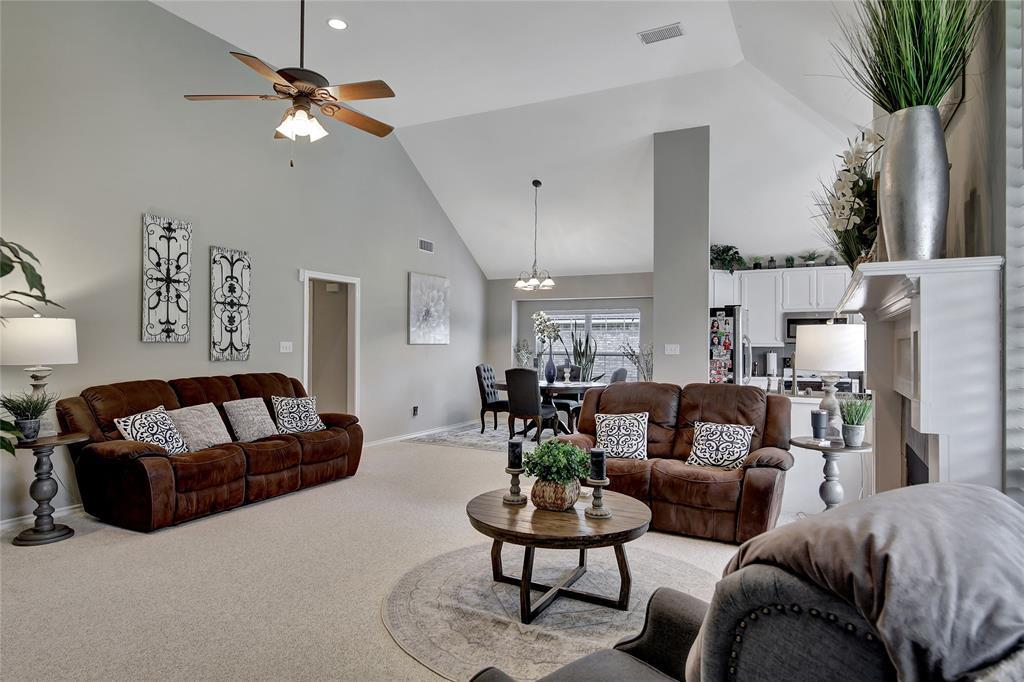 Sold Property | 104 N Frederick  Street Ponder, TX 76259 7