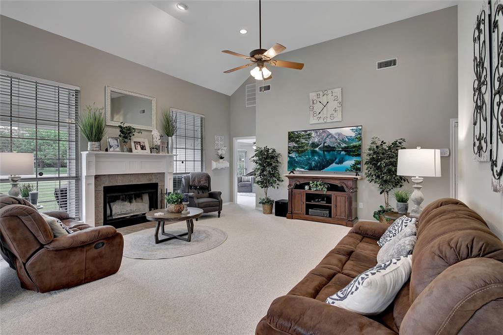 Sold Property | 104 N Frederick  Street Ponder, TX 76259 8